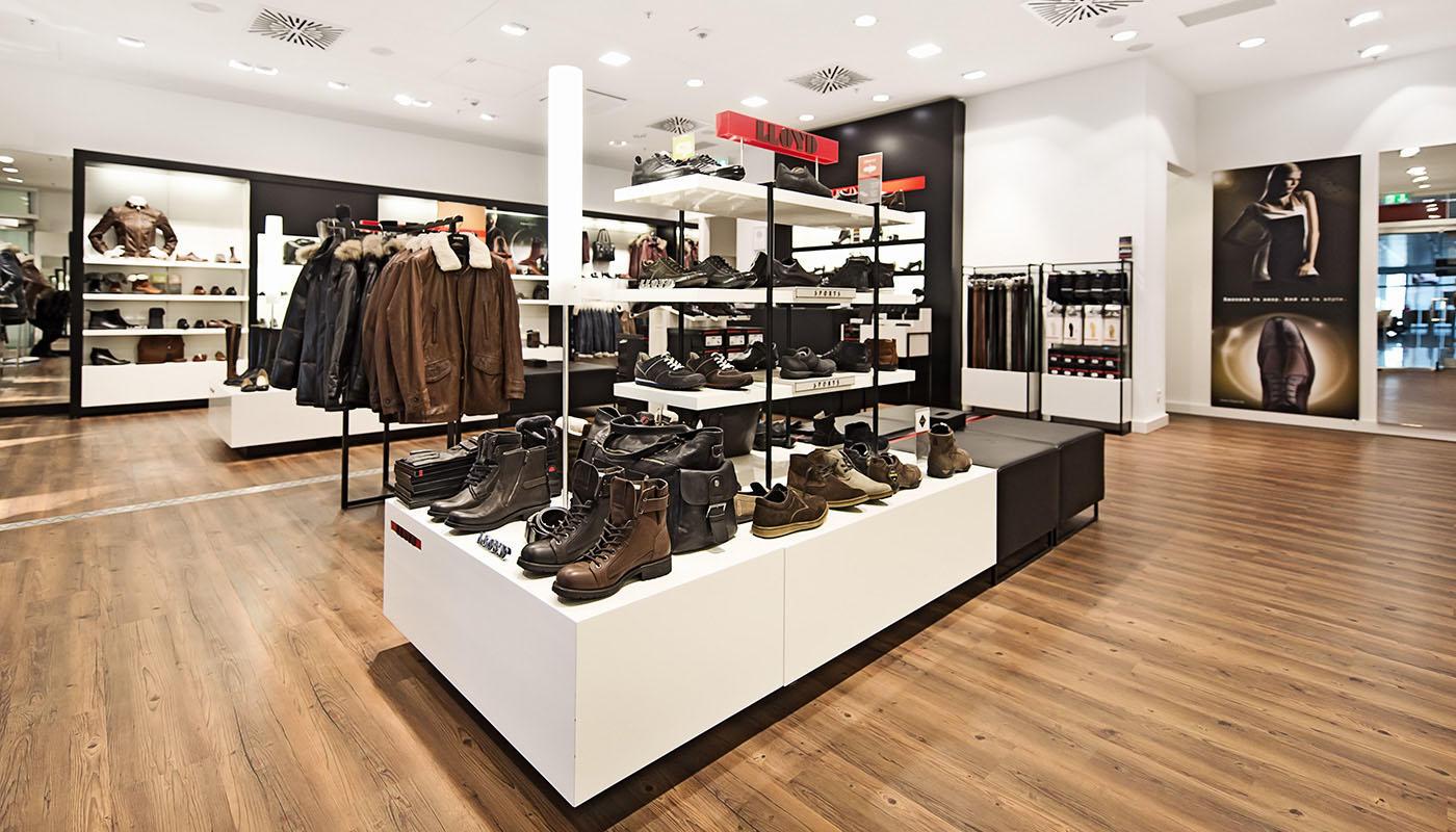 quality design 30caa f36e4 Lloyd - Flughafen München