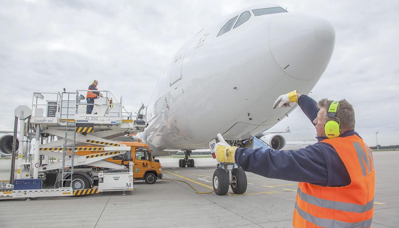 Ziemlich Flugzeugbau Lebenslauf Bilder - Bilder für das Lebenslauf ...