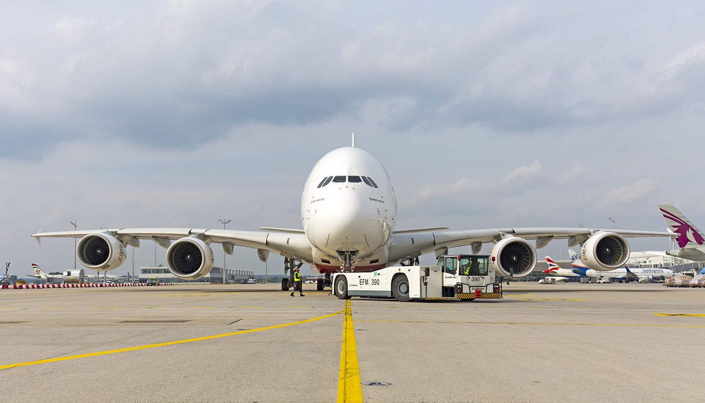 Flugzeug Italienisch
